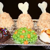 Tv Dinner Tv dinner cupcakes from the book Hello, cupcake!
