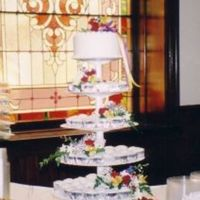 Cupcake Combo Wedding Cake I like this arrangement for the cupcake style wedding cakes. I have used it several times since this one and it just looks a little more...