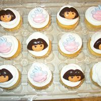 Dora Cupcakes   Simple Dora Cupcakes to go with cake