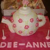 White Tea Pot With Pink Flower White teapot covered with fondant