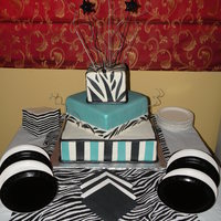 Zebra Print Cake.. Made this one for Christa... Happy 18th...
