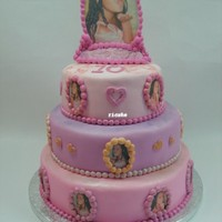 "Photo Medaillon Cake For a special girl entering her ""teenager"" years. The topper is completely edible. made of icing sheets. surrounded with a rolled..."