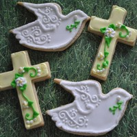 Crosses And Peace Doves NFSC and Antonia Royal icing