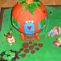 Harvest Cake cakes covered in fondand - all animals and veggies, etc done in fondant. This was a REALLY fun cake to make. Thanks for looking