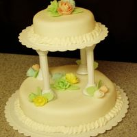 Beginner Wedding Cake This is my class 1st wedding cake. I didnt do double layers.
