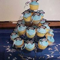 Graduation Cupcakes Cupcake tree to go with graduation cake