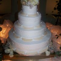 Neutral Wedding Cake
