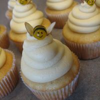 Bee Cupcakes I saw this idea on here but I'm sorry I don't remember who it was :( Such a cute idea that I had to try it!