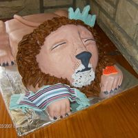 Resting Lion Stuffed animal baby shower cake