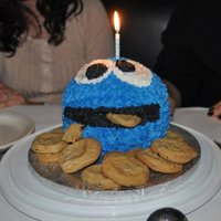 My Sister's B-Day Cake   She turned 23 but she LOVES cookie monster, and so do I