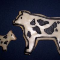 Cow Cookies sugar cookies with royal icing
