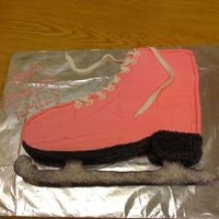Emme_Skate1.jpg Thank you to LetThereBeCake07 for the inspiration for my daughters 8th birthday cake. It was a Basic 1-2-3-4 cake with Buttercream icing....