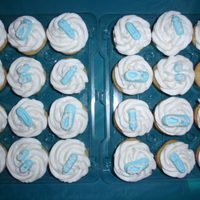 It's A Boy! Cupcakes with fondant made decorations. TFL