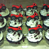 Gluten Free Cupcakes Gluten free chocolate cupcakes, gluten free oreos for the dirt, fondant decorations.