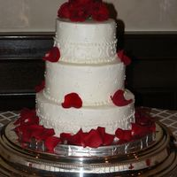 Wedding With Roses All buttercream. real roses and petals