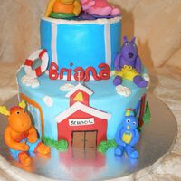 Backyardigans Back To School buttercream with fondant accents and fondant characters