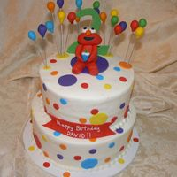 Elmo With Balloons all buttercream with fondant accents, fondant ballons and Elmo