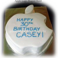 Apple/mac   Fondant covered Apple/Mac logo