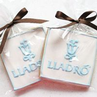 Lladro Logo Cookies Custom cookies for event signings at Lladro stores.