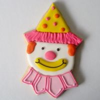Clown Cookies Clown cookies for a child's birthday cake.