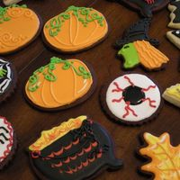 More Halloween Cookies Some more of my over 100 sugar cookies I have made in the last few days.