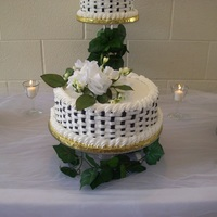 Black & White Wedding   Yellow cake with lemon cream cheese filling