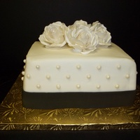 Roses And Pearls8 8 inch white cake cream cheese filling buttercream with gumpaste roses and pearls