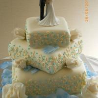 Square Wedding Cake Another photo of the same square wedding cake