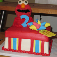 Elmo Gift Box 2Nd Birthday