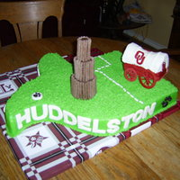 Texas A&m And Oklahoma University Graduation Cake   Best friends Graduating: one going to OU and one going to Texas A&M