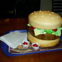 Hamburger Cake   All fondant