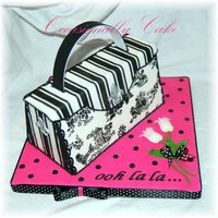 Nicholas Lodge French Purse Cake  I was so excited to take a class with Nicholas Lodge this past Monday and he taught us how to make the french purse cake and here is how...