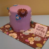 Flowers For Lisa It is my friend's Bday and she LOVES CAKE! So what could be better than....cake?