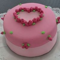 Pink Heart   From the last Peggys POrschen book.....