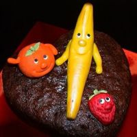 Happy Fruit   Fruit cake with marzipan fruit decorations
