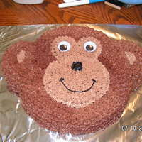 Monkey Cake   all buttercream using the Animal Crackers pan