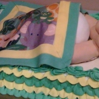 Jungle Baby Butt Another baby butt cake with the blanket matching the nursery theme.