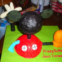 Mickey Mouse Clubhouse this one was quite an adventure...made the cake turned out ok...travelled with it for 80 miles....got there...cake was broken in half.....