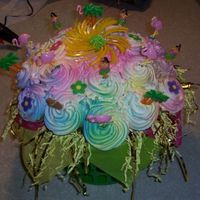 Luau Cupcake Bouquet This was ordered along with a flower cupcake bouquet for a luau birthday party.