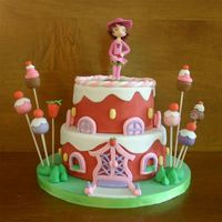 Strawberry Shortcake House For the daughter from a friend to her 6th Birthday. She loves everything with Strawberry Shortcake. The Strawberry shortcake is made from...