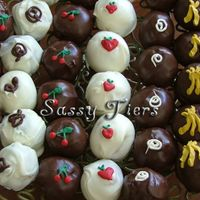 First_Cake_Balls_010_Copy.jpg This was my first attempt at cake balls.