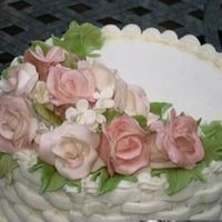 Gumpaste Roses   white gumpaste with pink petal dust
