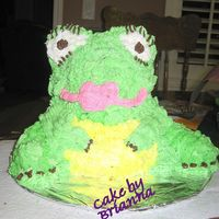Frog Cake my 9 year old niece is in to frogs. so she made this . using the large 3D bear cake. using twinkies for the legs. i thought she did a great...