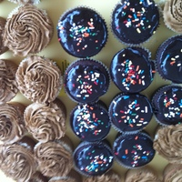 Variety Cupcakes peanut butter w/strawberry jelly filling and peanut butter frostingchocolate w/peanut butter mousse filling and chocolate mousse...