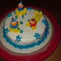 Course 1 Clown Cake This was a lot of fun to do. Tasted good too !! I just used a white cake mix with almond flavoring in it.