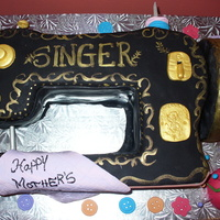 Singer Sewing Machine   Red velvet cake with cream cheese BCC,