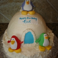 Club Penguin Igloo Club Penguin Igloo cake. Buttercream with fondant penguins. Inspired by the computer game toys, and CC cakes, especially one from Kay_NL....