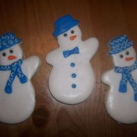 Snowmen NFSC covered with RBC and Alice's Cookie Icing accents