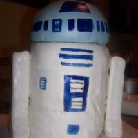 R2D2 I built this cake for my DD's 7th birthday. My DH did the decorating.