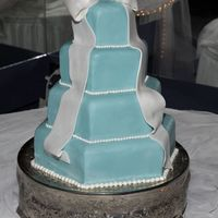 Tiffany Blue Wedding Cake This is the cake I made for my own wedding! Okay, so it's a dummy cake (I'm not completely crazy!), hexagon shape, covered in...